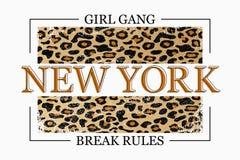 Nowy Jork sloganu typografia na lampart teksturze Mody koszulki projekt Dziewczyna trójnika koszulowy modny druk wektor ilustracji