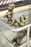 NOWY JORK, USA - LISTOPAD 24: Życie podziemna brązowa rzeźba wewnątrz Fotografia Stock