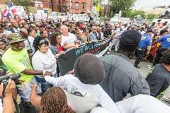 NOWY JORK, usa - SIERPIEŃ 23, 2014: Tysiące marsz w Staten Islan fotografia stock