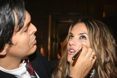 NOWY JORK, WRZESIEŃ - 09: Wzorcowy Alessandra mbrosio dostaje przygotowywającym z makeup zakulisowym Obrazy Stock