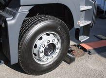Nowy koło przegubna ciężarówka Fotografia Royalty Free