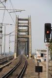 Nowy Kolejowego mosta frontowy widok blisko godavari sation Obrazy Royalty Free