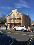 Nowy mieszkanie własnościowe budynek Na Sheepshead zatoce Obraz Royalty Free