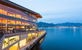 Nowy, nowożytny Vancouver convention center przy świtem, Fotografia Stock