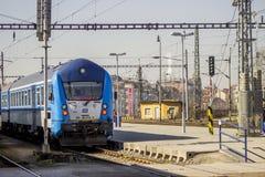 Nowy pociąg zdjęcie royalty free