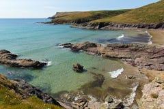 Nowy Polzeath plaży Cornwall wybrzeże Anglia Zjednoczone Królestwo. obraz stock