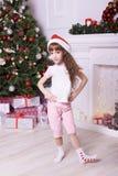 nowy rok, Święta moje portfolio drzewna wersja nosicieli nakrętka Bożenarodzeniowy wnętrze dziewczyna kochanie Fotografia Stock