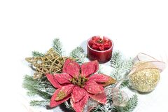 Nowy Rok, Bożenarodzeniowa wakacje karta Boże Narodzenia kwitną poinsecji, choinek gałąź z dekoracją zdjęcia stock