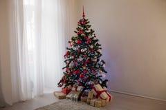 Nowy rok choinki wystroju prezenty Bożenarodzeniowi Zdjęcia Royalty Free