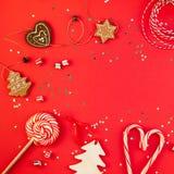 Nowy Rok dekoraci Bo?enarodzeniowy wakacyjny mieszkanie nieatutowy zdjęcia stock