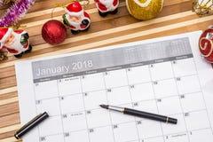2018 nowy rok kalendarz z xmas zabawkami Obraz Stock