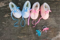 2019 nowy rok pisać koronki dziecka ` s pacyfikator i buty zdjęcie stock