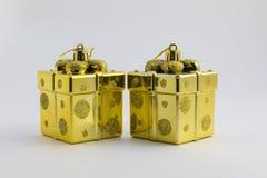 Nowy rok prezenty złocisty kolor zdjęcia royalty free