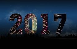 Nowy Rok 2017 z pejzaż miejski sylwetką royalty ilustracja