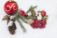 Nowy Rok zabawki na śniegu, wakacje Obrazy Royalty Free