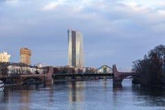 Nowy siedzenie europejski bank centralny w Frankfurt fotografia stock