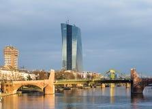 Nowy siedzenie europejski bank centralny w Frankfurt, Niemcy fotografia stock