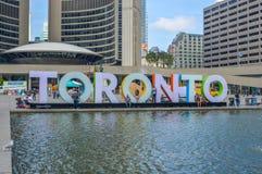 Nowy Toronto podpisuje wewnątrz Nathan Philips kwadrat Fotografia Stock