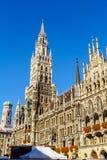 Nowy urząd miasta Neues Rathaus na Marienplatz w Monachium Zdjęcia Royalty Free