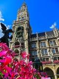 Nowy urząd miasta w Marienplatz Monachium, Niemcy - Bavaria - Obraz Stock