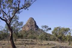 Noyau volcanique dans le paysage australien Photographie stock libre de droits