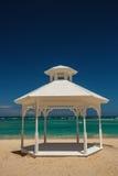 Nozze installate o altare sull'isola tropicale Fotografie Stock