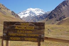 NP Aconcagua, montañas de los Andes, la Argentina Fotografía de archivo libre de regalías