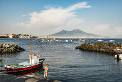 Nápoles e montagem o Vesúvio Fotos de Stock Royalty Free