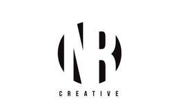 NR άσπρο σχέδιο λογότυπων επιστολών Ν Ρ με το υπόβαθρο κύκλων Στοκ Εικόνες
