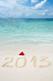 Nr. 2013 auf tropischem Strandsand Lizenzfreies Stockfoto
