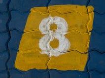 Nr. acht auf Boden Stockfotografie