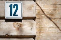 Nr. 12 auf einer Wand Lizenzfreies Stockbild