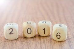 Nr. 2016 auf hölzernen Würfeln Lizenzfreie Stockfotografie