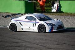 Nr del coche de la taza de Lamera 27 - Monza 2014 8 horas de raza Imagen de archivo