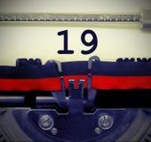 Nr. 19 durch die alte Schreibmaschine Lizenzfreie Stockbilder