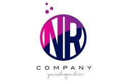 NR N R圈子信件与紫色小点泡影的商标设计 免版税库存图片