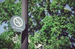 Nr - rokend teken van pool stock fotografie