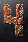 Nr. vier machte von den Süßigkeiten Stockfoto