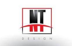 NT N T Logo Letters avec des couleurs et le bruissement rouges et noirs Photo libre de droits