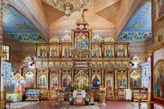 Nterior de la iglesia cristiana ortodoxa en el monasterio de Manyavsky, Ucrania Fotografía de archivo