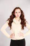 Nätt flicka med stort hår Royaltyfri Foto