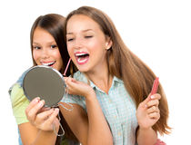 Nätta tonårs- flickor Royaltyfria Bilder