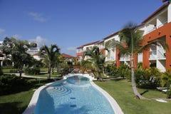 Nu het alle-Inclusieve die Hotel van Larimar bij het Bavaro-strand in Punta Cana, Dominicaanse Republiek wordt gevestigd Royalty-vrije Stock Afbeeldingen