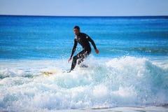 Nu het surfen in zeer populair cornwall Royalty-vrije Stock Fotografie