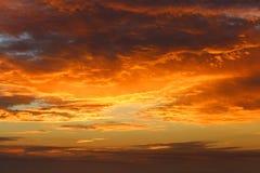 Nuage au coucher du soleil Image libre de droits