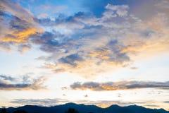 Nuage de crépuscule de coucher du soleil Photographie stock