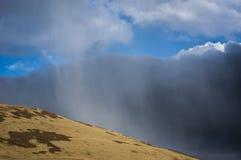 Nuage de neige près d'un scout plus aimable Images libres de droits