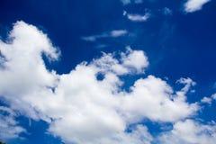 Nuage et ciel Image stock