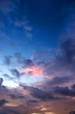 Nuage et ciel de coucher du soleil Images libres de droits