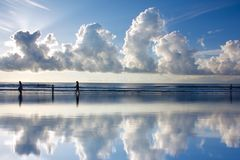 Nuage et refection Image libre de droits